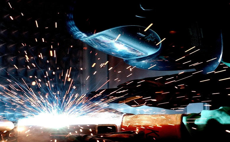 What Is Metal Milling? And How Plasma Cutting Tables Can Simplify That Process